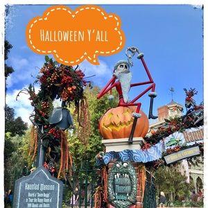 It's Halloween Y'All 👻 🎃